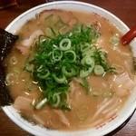 49207255 - 豚骨煮干しラーメン(大)