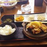 Torisei - チキンステーキ定食