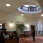 4921445 - 2010/7月:館内中央のレセプション・ホール