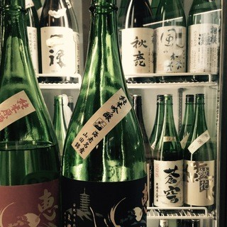 肩肘張らずカジュアルに日本酒を楽しめます!