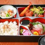旬味和膳 季乃庄 - 日替わり弁当 800円