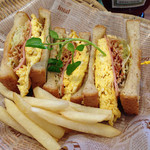 ティーズ - Sandwiches(ふわふわオムレツサンド)
