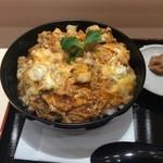 49229517 - 八丁味噌親子丼:アップ