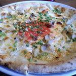 4923300 - 小坪産サザエとガーリックのピザ
