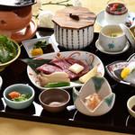 日本料理 瀬戸内 - 陶板御膳