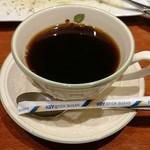 ギャルソン - 残念ながらコーヒーはいまいち。