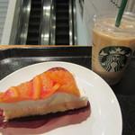 スターバックス・コーヒー - オレンジケーキ、アイスカフェラテ