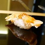 鮨 ます田 - 煮蛤