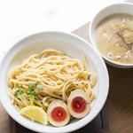麺69 チキンヒーロー - 鶏つけ麺
