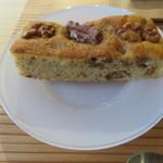 リヴレ - 奈良の鹿の舟のパウンドケーキ:白味噌と胡桃1