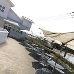 49241269 - 琵琶湖を臨む佳景です