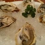 ヘルメスワインコーナー - 生牡蠣