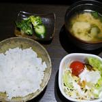 49254091 - サラダ、ご飯、味噌汁、漬け物