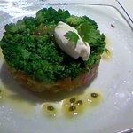 DAVIS - 前菜①:飛魚とブロッコリーのタルタル