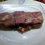 DAVIS - 前菜②:牛ホホと牛スジのゼリー寄せ