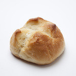 ボンジュール ボン - BONの人気テーブルパン、塩バターパン。