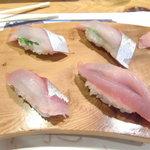 ほざき - にぎり刺し身(清水鯖)