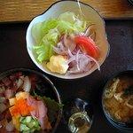 魚彦 - チョイス丼海鮮  Bサラダセット
