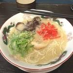 博多ラーメンばたやん - 何故か富山でとんこつラーメン(^^
