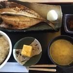 49297223 - 2016/03/30 焼魚定食アジ開き