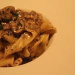 レヴァーロ - 料理写真:帯広産マッシュルームのフォン・ド・シャンピニオン 1200円