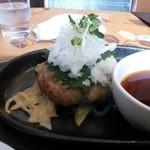 T's - 料理写真:和風おろしハンバーグ