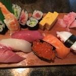 喜久味寿司 - 料理写真:にぎり(ランチ)