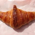 ブーランジュリーヨシオカ - 料理写真:クロワッサン