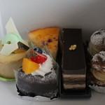 ラ・ヴェリテ - ケーキ各種