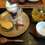 ピロチュン - 白桃烏龍茶のデザートセット