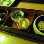 きた山 - 彩り膳六種盛り