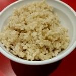 楽園食堂うるま島 - 玄米ごはん150円