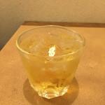 長久鮨 - 梅酒 ロック(400円)