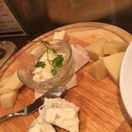 ビストロガブリ - チーズ7種盛り
