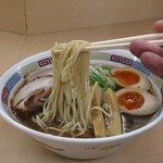 煮干鰮らーめん 圓 - 煮干しラーメンリフトアップ