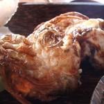 地元産天然お魚とアジアごはん アイワナドゥ 岩戸 - カニの唐揚げ(まる)