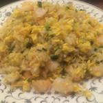 49332607 - 大量な海老が入った絶品な海老炒飯!