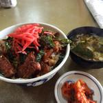 焼肉オックス - 料理写真:カルビ丼600円