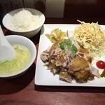 49342305 - 久しぶりの「焼鶏(しょうけい)定食」