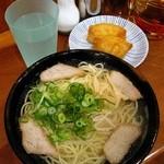 中華そば630円、いなり寿司120円