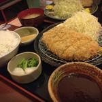 とんかつまぁるまる - みそロースカツ定食 1350円ご飯大盛!