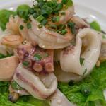 ラ・ベットラ・ダ・オチアイ - 新鮮な魚介類のサラダ