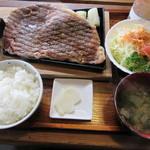 べべんこ - 【豊後牛ステーキ定食 3460円】
