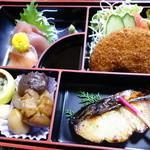 いと - 松花堂弁当¥1,000-