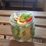 Lavi Ande Cafe - 160404 ランチのサラダ
