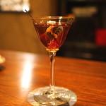"""バー・サルバドール - 素敵なグラスで """"マンハッタン"""" を"""