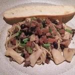 49383128 - ランチのスパゲティ 自家製サルシッチャとタケノコ