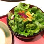 49384137 - ランチ焼肉重のサラダ
