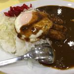 キッチンヨッチ - 目玉焼きカレーライス+ウインナー