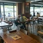 Green Cafe 川の駅 - 店内openテラス~♪